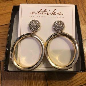 Ettika Drop Circle earrings in gold & pearl